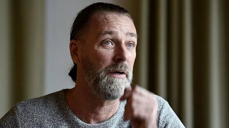 Korkeushyppylegenda Patrik Sjöberg vieraili maaliskuussa Espoossa puhumassa seminaarissa, jonka aiheena oli lasten ja nuorten suojaaminen seksuaalirikoksilta.