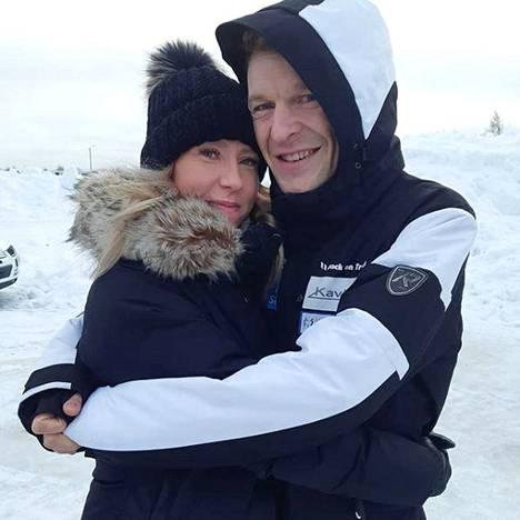 Toni Niemisen ja Ansku-rakkaan suhde päättyi hiljattain eroon.