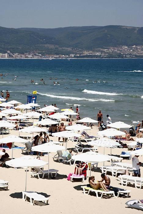 Sunny Beachilla lomailu ei paljon kukkaroa kevennä. Esimerkiksi kahvikupillisen tai oluen nauttii alle eurolla.
