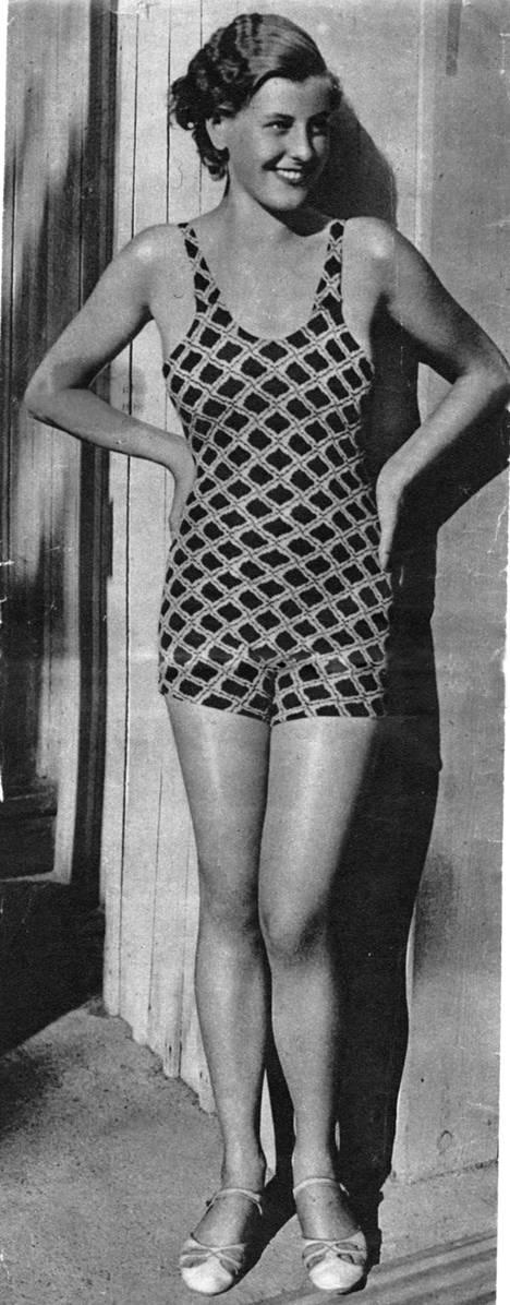 Häikäisevä kaunotar Ester Toivonen pyydettiin mukaan Miss Europe -kilpailuun.