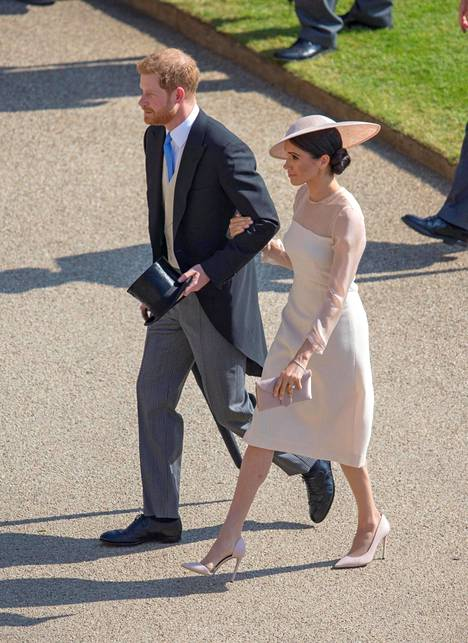 Harry ja Meghan edustivat tiistaina ensimmäistä kertaa avioparina.
