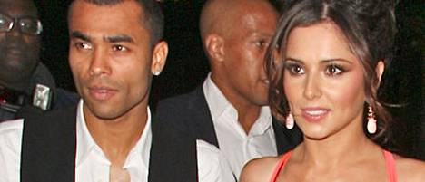 Ashley ja Cheryl Cole avioituivat 2006.