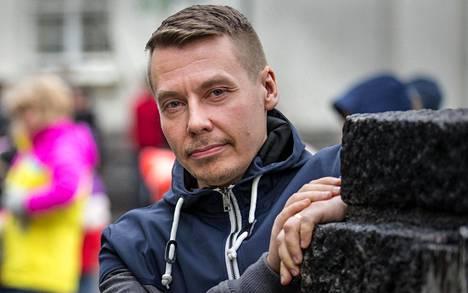 Lapsiasiainvaltuutettu Tuomas Kurttila toivoo, että lastensuojelua osattaisiin kehittää.