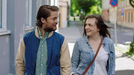 Anders (Jakob Oftebro) ja Elise (Siri Seljeseth).