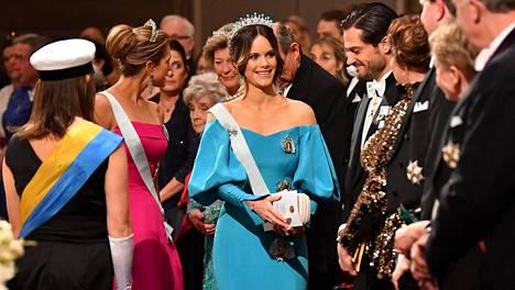Prinsessa Sofia valitsi ylleen tukholmalaisen muotisuunnittelijan luomuksen.