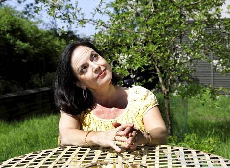 Anna-Leena Härkönen kirjoitti Häräntappoaseen ollessaan vasta 17-vuotias.