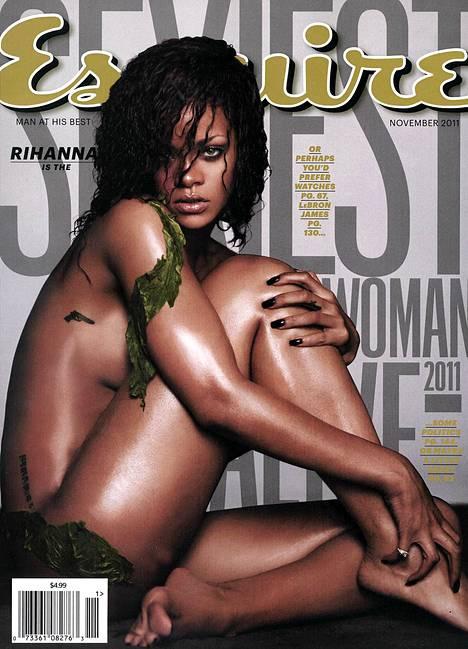 Esquire valitsi Rihannan vuoden seksikkäimmäksi naiseksi 2011.