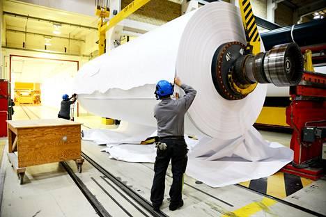 Päällystetyn kartongin tuotanto- ja toimitusmäärät Husumin tehtaalla Ruotsissa paisuivat.