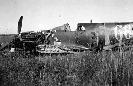 Alas ammuttu neuvostoliittolainen hävittäjä.