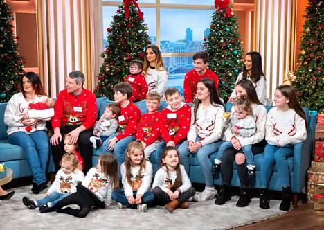 Joulukuussa 2018 osa radfordien perheestä oli keskustelemassa joulunvietostaan televisiossa.