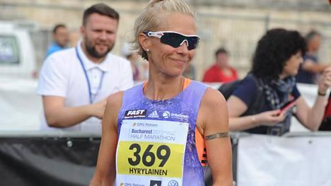 Anne-Mari Hyryläinen kuvattuna vuonna 2015.