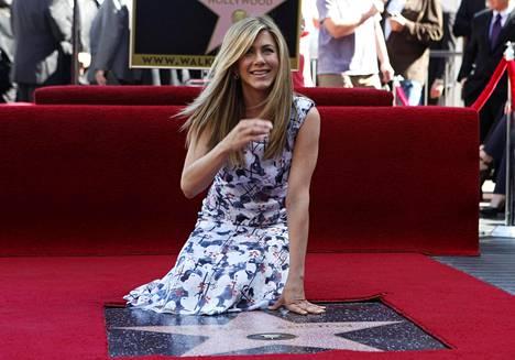 Aniston sai oman tähden Hollywoodin Walk of Famelle vuonna 2012.