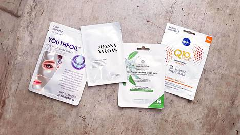 Sheet mask eli kertakäyttöinen kangasnaamio on viime vuosien ihonhoitohitti. Niitä saa eri tarpeisiin ja eri ihotyypeille – nyt testataan anti-age-vaikutteisia.