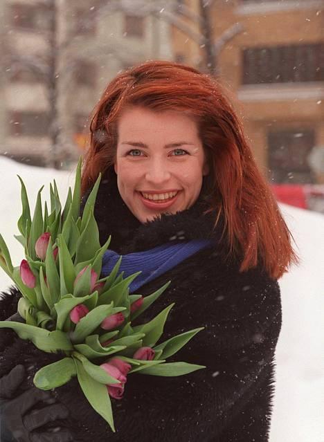 Marianne Heikkilä oli vuonna 1999 mukana Nelosen Eläköön viini! -ohjelmasarjassa.