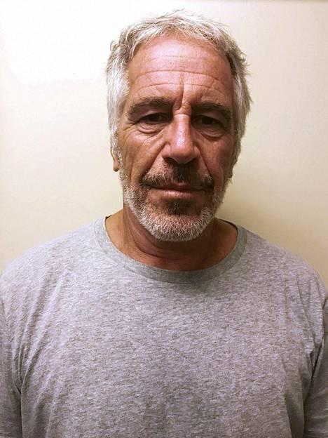 Viranomaisten julkaisema kuva Jeffrey Epsteinista.