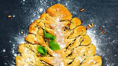 Kuusileivän koostumus muistuttaa mehevää italialaista foccaciaa.