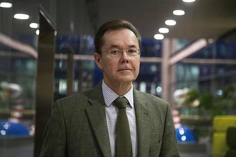 Yhdysvaltain tutkimuksen professori Mikko Saikku.
