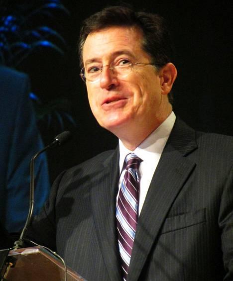Stephen Colbert astui David Lettermanin saappaisiin viime vuonna.