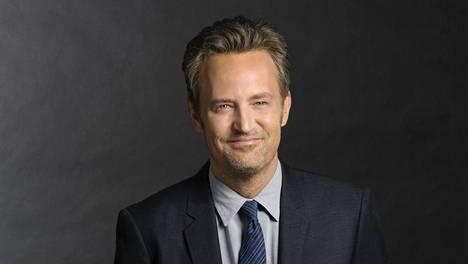 – Menestykseen tarvitaan lahjakkuutta, onnea, oikeaa ajoitusta ja hyvää kemiaa näyttelijöiden välillä, Matthew Perry tietää.