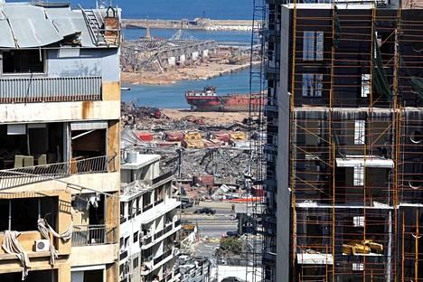 Monet rakennukset Beirutissa tuhoutuivat asuinkelvottomiksi.