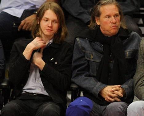 Kilmer kuvattiin ja Jack-poikansa kanssa koripallo-ottelussa marraskuussa.