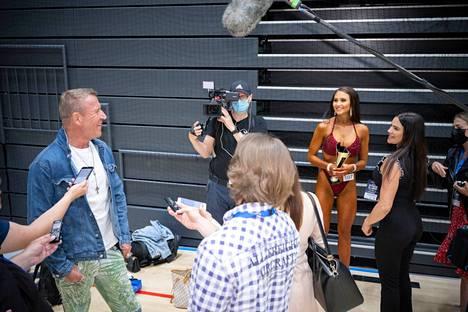 Kilpailujen yhteydessä kuvattiin uutta The Harlin -realityohjelmaa, joka kertoo Renny ja Johanna Harlinin elämästä.