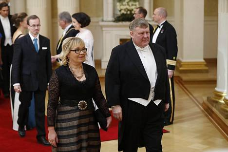 Ilta-Sanomien toimittaja Arja Paananen palkittiin vastikään Suomen Kuvalehden journalistipalkinnolla. Hänet tunnetaan loistavista Venäjä-artikkeleistaan.