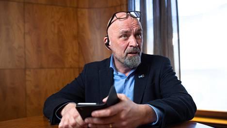 Perussuomalaisten kansanedustaja Mauri Peltokangas.