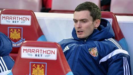 Adam Johnson istui Sunderlandin vaihtopelaajana maaliskuussa West Hamia vastaan.