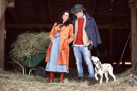 Tuukka ja Olga Temosen maaseutuarki vaatii myös paljon töitä.