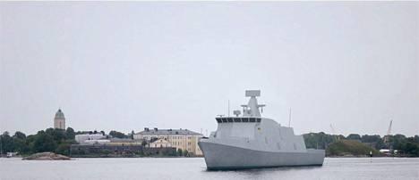 Tietokonekuva 2020-luokan taistelualuksesta, jotka korvaa vanhenevat Rauma-luokan ohjusveneet sekä Hämeenmaa-luokan miinalaivat.