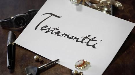 Testamentin laatimista ei kannata jättää elämän ehtoopuolelle.