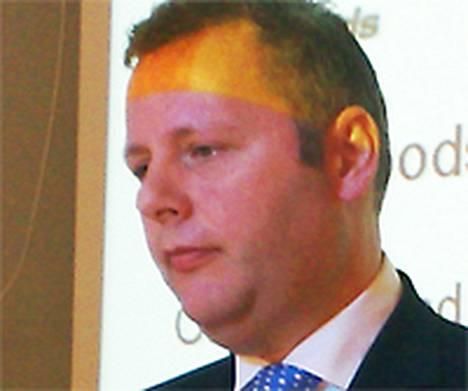 Brendan Buckinghamin mukaan alalla kilpaillaan kovaa suurten yhtiöiden asiakkuuksista.
