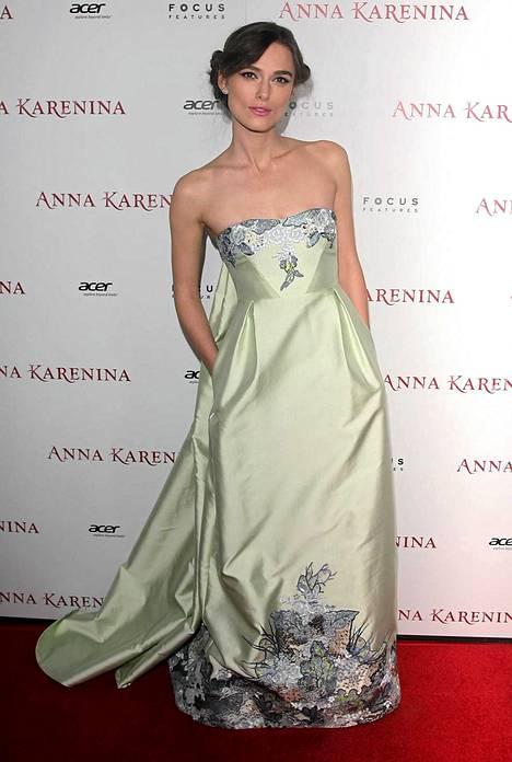 Keira Knightley eilen Anna Karenina Los Angelesin ensi-illassa.