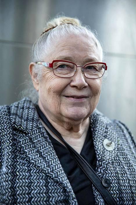 Aliisa Karhumäki tunnetaan Töölössä.