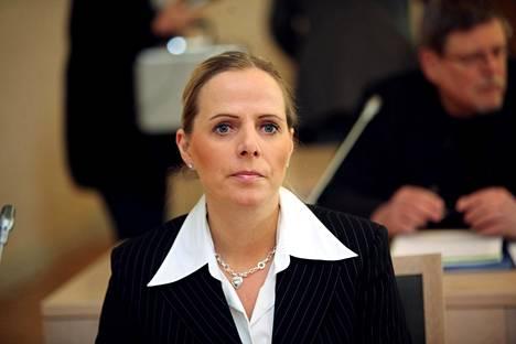 Susan Ruususen kirjan paljastuksia käsiteltiin oikeudessa. Kuva vuodelta 2010.