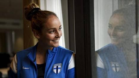 Nora Heroum on pelannut avauskokoonpanossa kotiotteluissa Albaniaa ja Kyprosta vastaan.