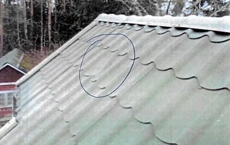 Räjäytysten jälkeen katosta löytyi lommo, jonka synnystä käynnistyi oikeusjuttu.