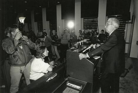 19. syyskuuta 1991 Suomen Pankin pääjohtaja Rolf Kullberg kertoi Suomen pankin ottaneen Skopin haltuunsa.