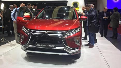 Eclipse Crossin voi nähdä konsernisisar Nissan Qashqain kilpailijana.