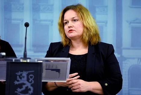Perhe- ja peruspalveluministeri Krista Kiuru.