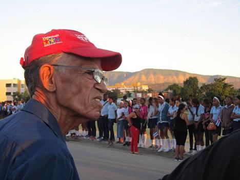 Roland Fernandez liittyi Castron ja Che Guevaran kumouksellisiin 20-vuotiaana vuonna 1958.