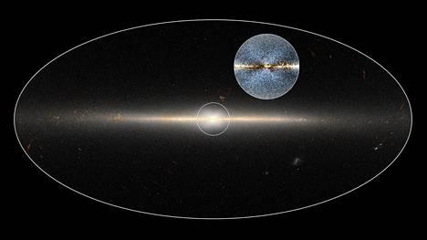 Vuonna 2010 Nasan Wise-infrapunateleskooppi teki havaintoja koko taivaasta kahdesti. Astronomit käyttivät Wisen keräämää dataa osoittaakseen X-muotoisen rakenteen Linnunradan keskuspullistumassa.