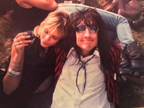 Kuvassa ovat Razzle ja hänen tyttöystävänsä Chris Bowen elokuussa 1984.