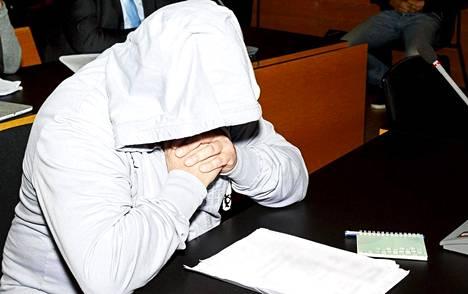 Pääepäilty 58-vuotias on aiemmin ollut syytettynä huumerikoksista kristallihuumejutussa.