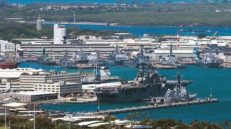 Pearl Harborin tukikohta Havaijilla.