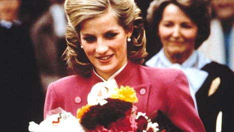 Prinsessa Dianan tyyli oli yksi aikansa ihailluimmista.