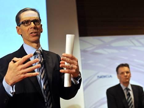 Nokian talous- ja rahoitusjohtajan Rick Simonson ja toimitusjohtaja Olli-Pekka Kallasvuo.