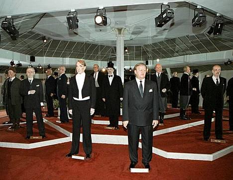 Mauno Koivisto, Martti Ahtisaari ja muut presidentit ovat seisoneet jo vuosia Visulahdessa.