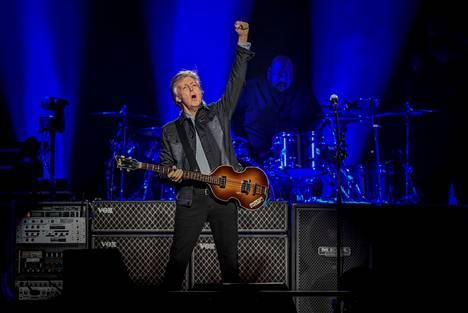 Rahanpuute ei ainakaan pakota McCartneyä lavoille ja studioon.